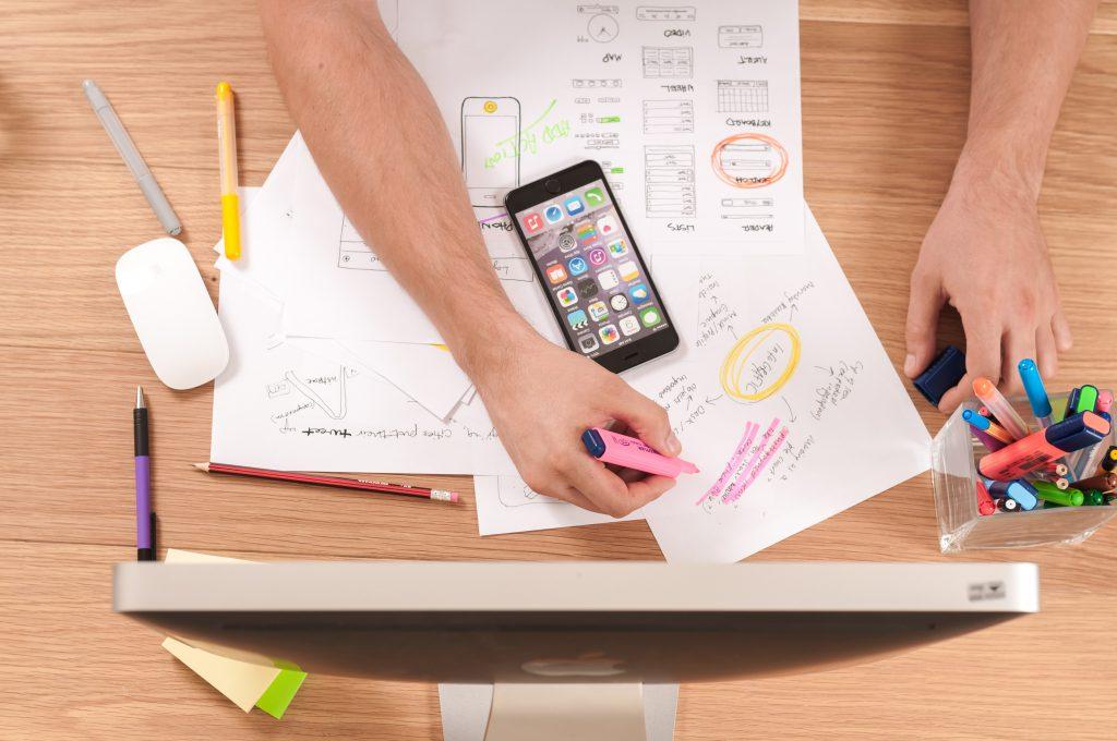 Web designer au travail