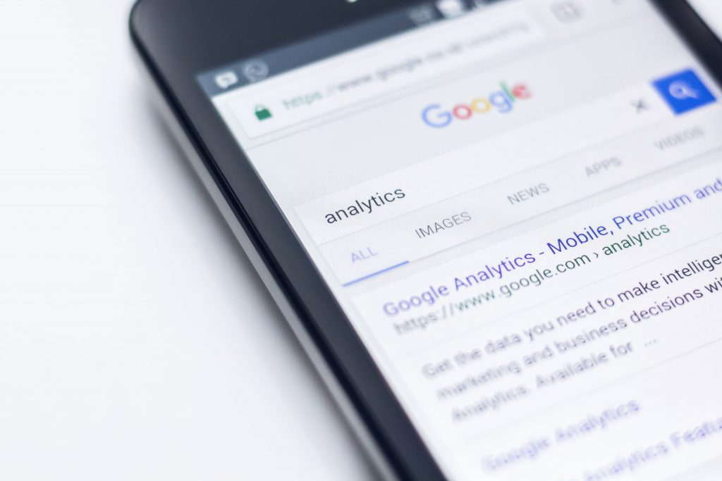 Google Analytics on smartphone